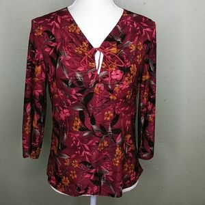Cranberry Stretch Top with Keyhole Neckline M NWOT